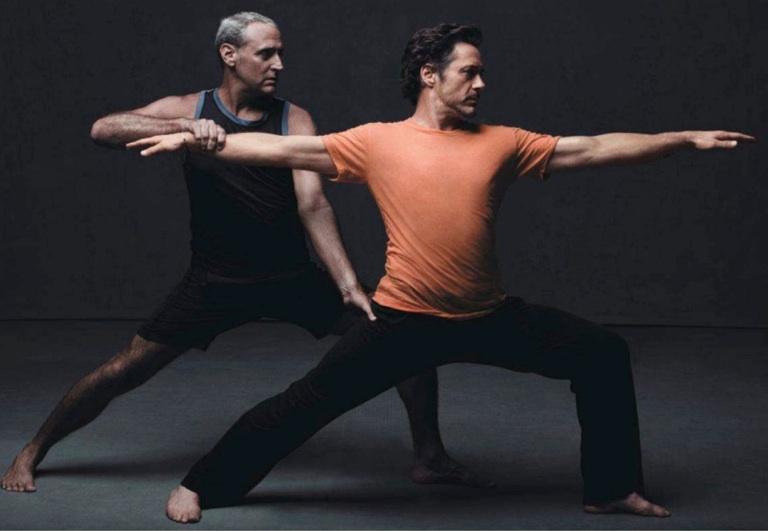 robert-downey-jr-yoga-vinnie-marino