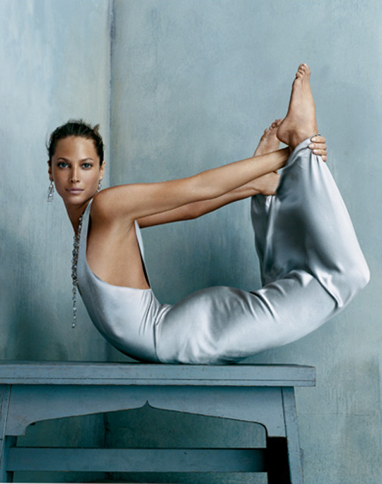 yoga_Christy-Turlington