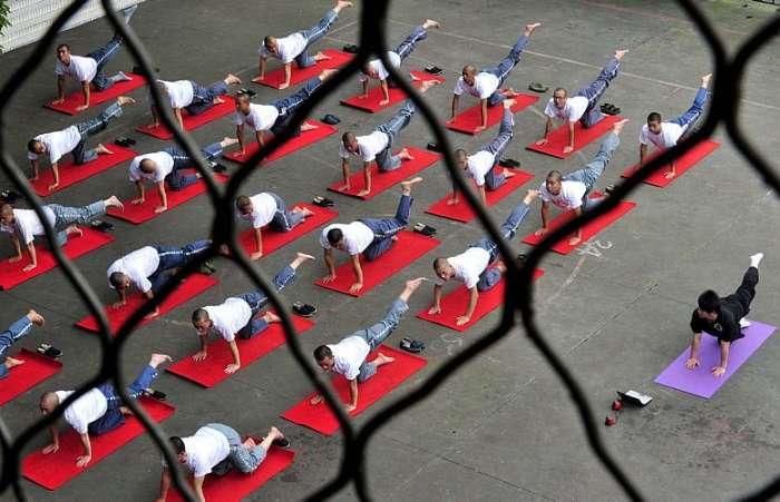 prison yoga 1
