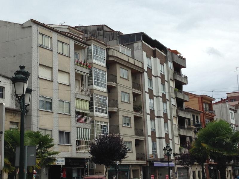 REDONDELA - arquitetura típica na região