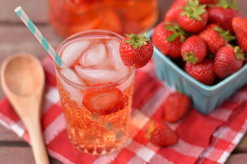 agua-aromatizada-morango